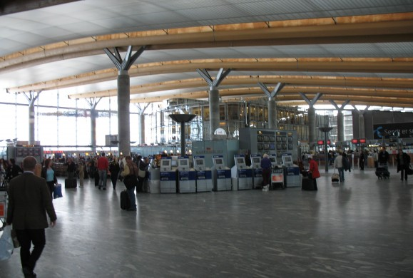 Gardermoen_check_in-hall.jpg